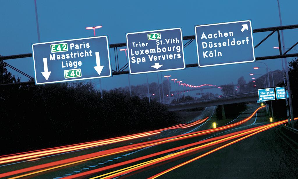 Christia-Charlier_Autobahnschilder