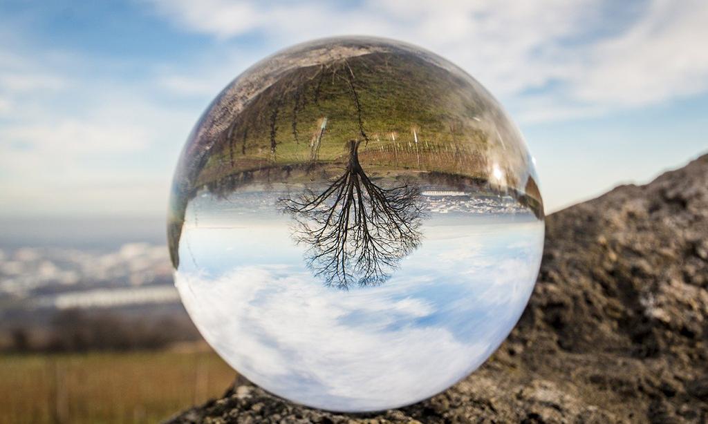 Blick in die Zukunft: Tourismus 2030, © M.Winkler, pixabay